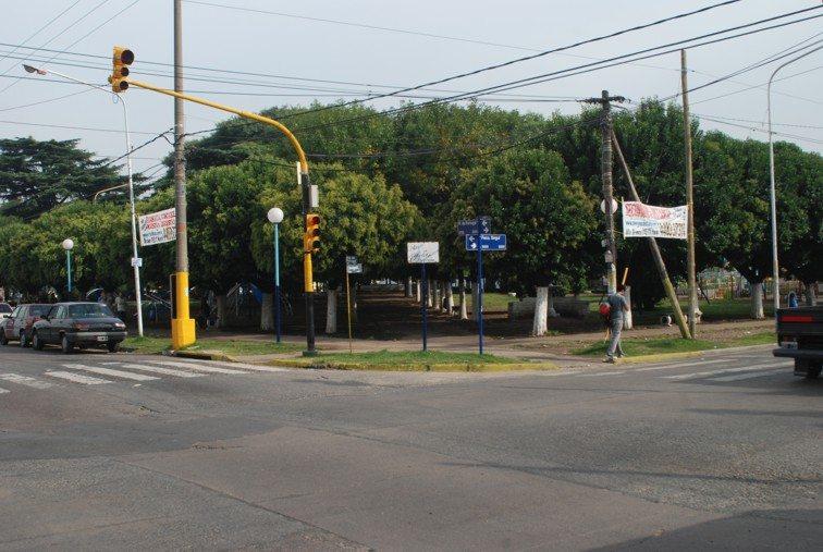 casanova-plaza-hipolito-yrigoyen